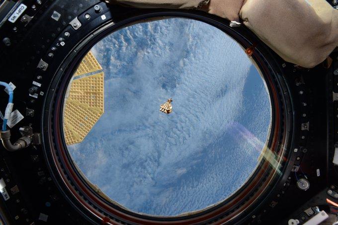 מראה מחלון תחנת החלל